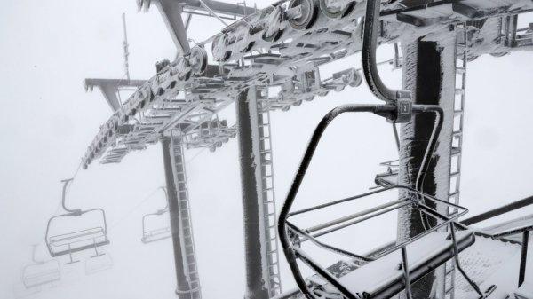pass-o-no?-sciatori-nella-nebbia