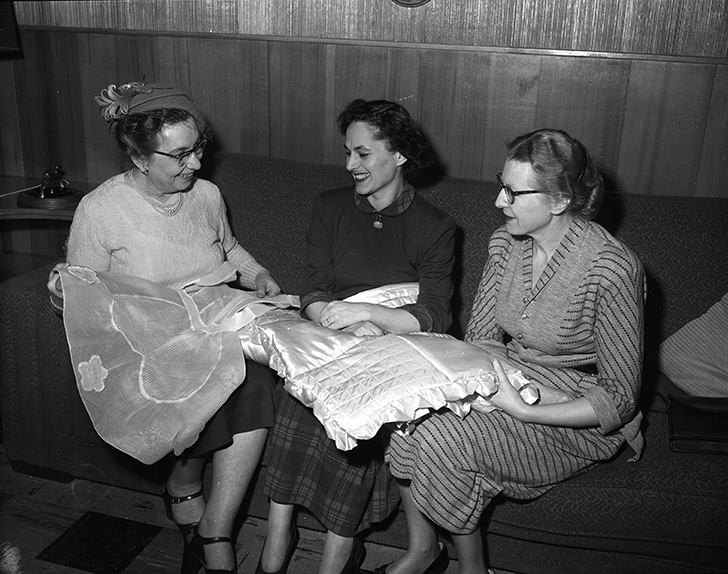 Jewish Council Bazaar at Beth Shalom: conveners Mrs. Fred Swartz, Mrs. Seda (Wolfe) Margolus, and Mrs. Ralph Samuels, November 27, 1950. Image courtesy of the City of Edmonton Archives EA-600-6196.