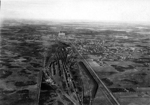 Calder, aerial view, circa 1928. City of Edmonton Archives, EA-64-12.