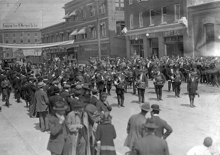 Edmonton Journal Newsboys' Band, 1913. City of Edmonton Archives, EA-744-1