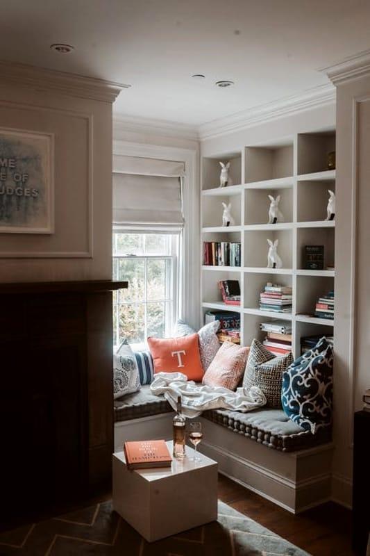 Come dipingere il soffitto della casa: Fai Da Te E Cartongesso I Passaggi Per Realizzare Una Parete Attrezzata In Soggiorno