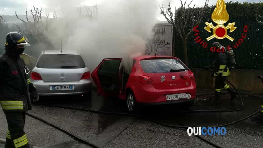 Auto Incendiata A Sagnino Davanti Al Gran Mercato