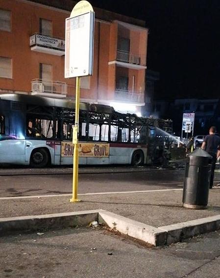 bus-5 fire