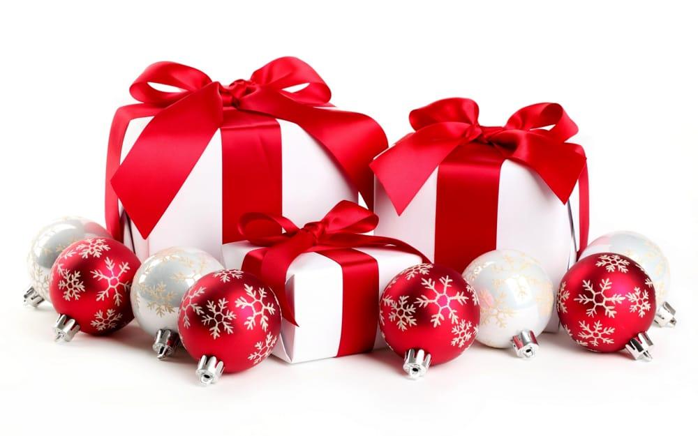 Ricevere un «pensierino» per natale fa sempre piacere. I Regali Di Natale A Meno Di 50 Euro