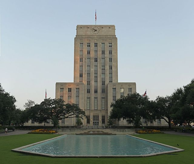Houston City Hall, where they don't write zoning codes. Credit: Wikimedia Commons