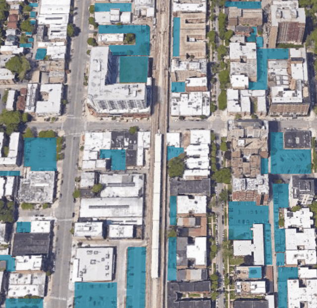 A view of Chicago's Edgewater neighborhood, with parking land use highlighted in teal. Credit: Center for Neighborhood Technology