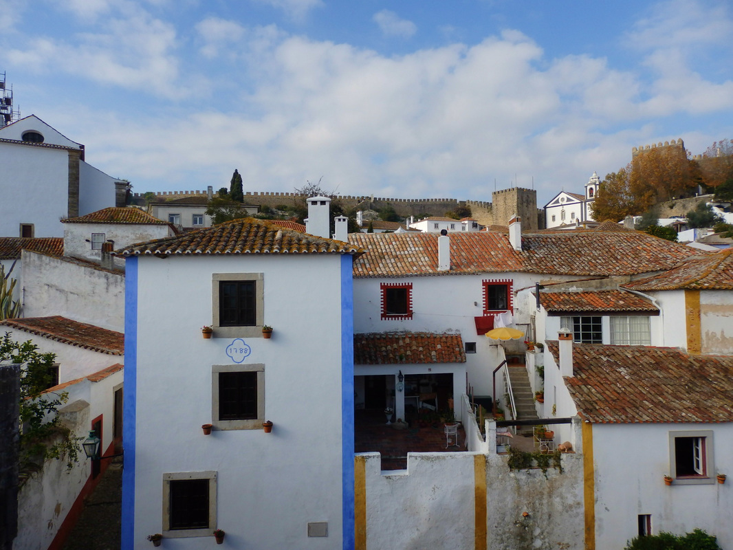 Óbidos: The Land of Bookworms and Ginjinha