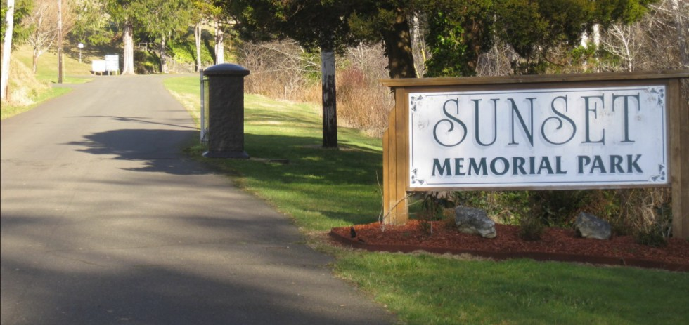 A Picture of the entrance to Sunset Memorial Park in Hoquiam WA