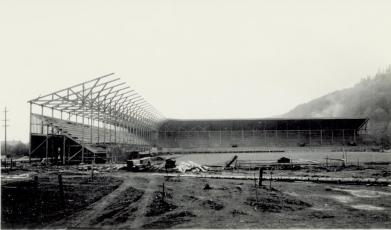 2006.058.0177 - Olympic Stadium under construction (2)