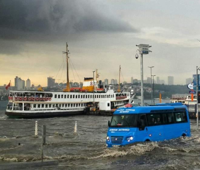 Flood in Üsküdar, Istanbul