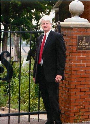 Mayor Bob Shutt