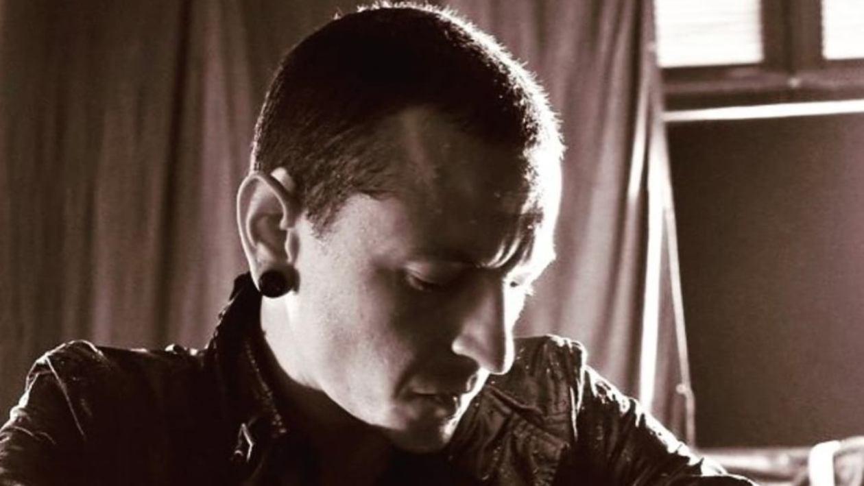 chester-bennington,-la-storia-del-cantante-depresso-che-si-e-suicidato