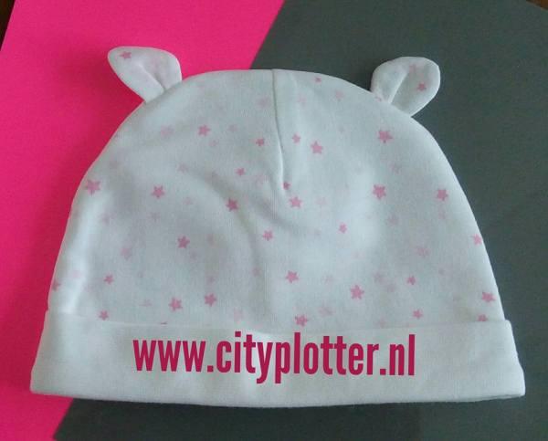 babymutsje wit roze sterretjes cityplotter zaandam