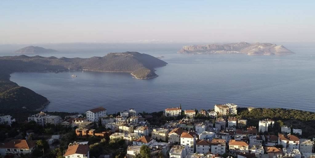 """grecia.-la-scommessa-per-turismo:-immunizzare-subito-le-isole-minori-mai-toccate-dal-covid,-per-creare-zone-""""vergini"""""""