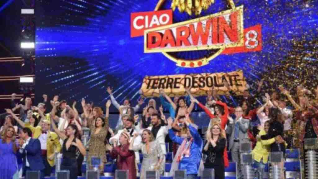 """ciao-darwin,-sapete-chi-ha-inciso-e-scritto-la-storica-sigla-""""matti""""?-e-un-artista-amatissimo"""