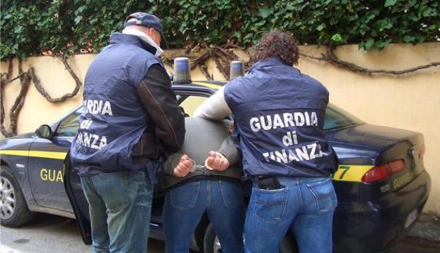 calabria,-'ndrangheta:-duro-colpo-a-storico-clan,-almeno-20-arresti-per-traffico-internazionale-di-droga-[video]