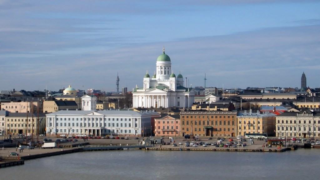 """parola-di-finlandese:-""""il-mio-non-e-il-paese-piu-felice-al-mondo"""""""