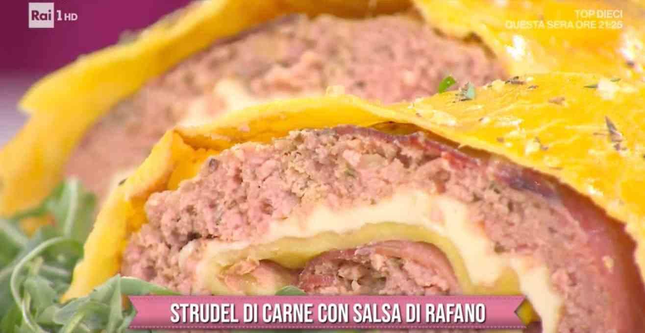 strudel-salato-con-salsa-di-rafano,-ricetta-di-barbara-de-nigris
