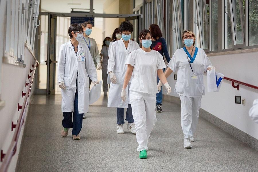 oggi-si-celebra-la-giornata-internazionale-dell'infermiere,-i-simboli-della-lotta-al-covid.