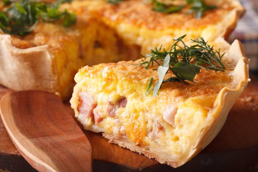 sbriciolata-veloce-con-prosciutto-cotto-e-formaggio,-aperitivo-casalingo-perfetto-con-10-euro!