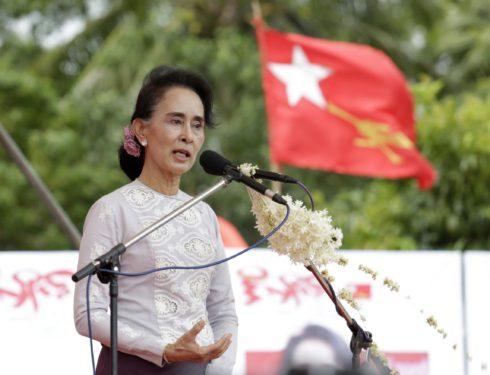 processo-a-san-suu-kyi:-rischia-di-morire-in-prigione