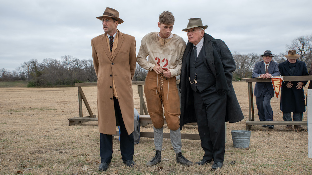 '12-mighty-orphans'-review:-luke-wilson-and-martin-sheen-topline-this-solid-underdog-texas-football-drama