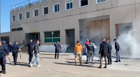 carcere-di-modena:-inchiesta-archiviata,-ma-restano-i-dubbi-per-gli-8-morti