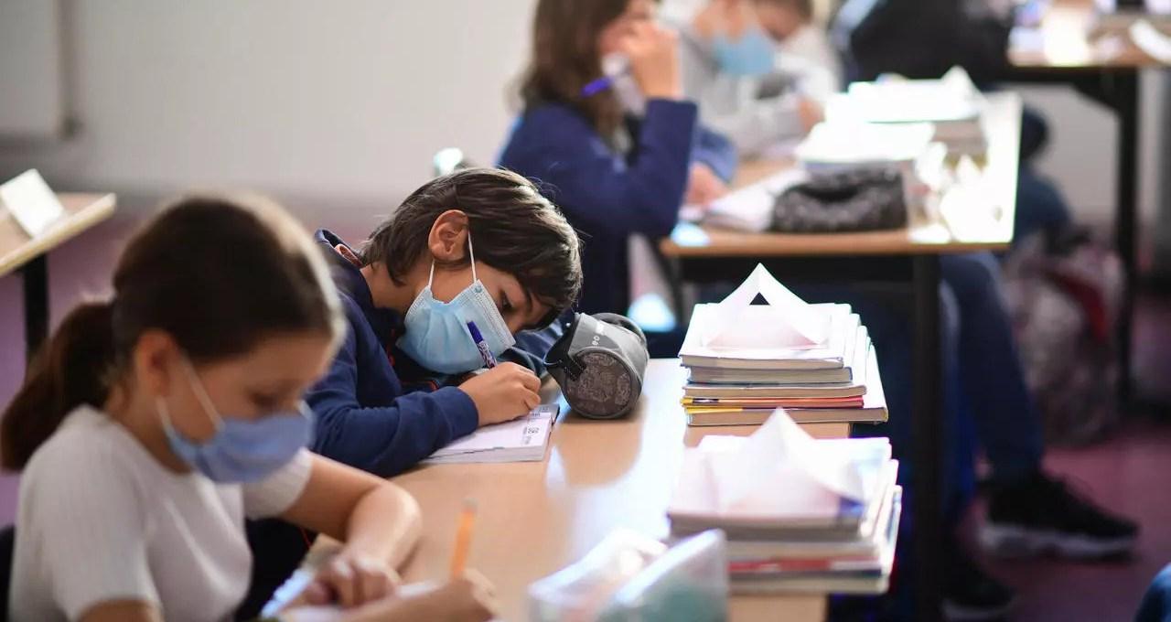 mascherine-a-scuola,-il-risultato-dei-test-di-laboratorio-dopo-5-ore-di-utilizzo
