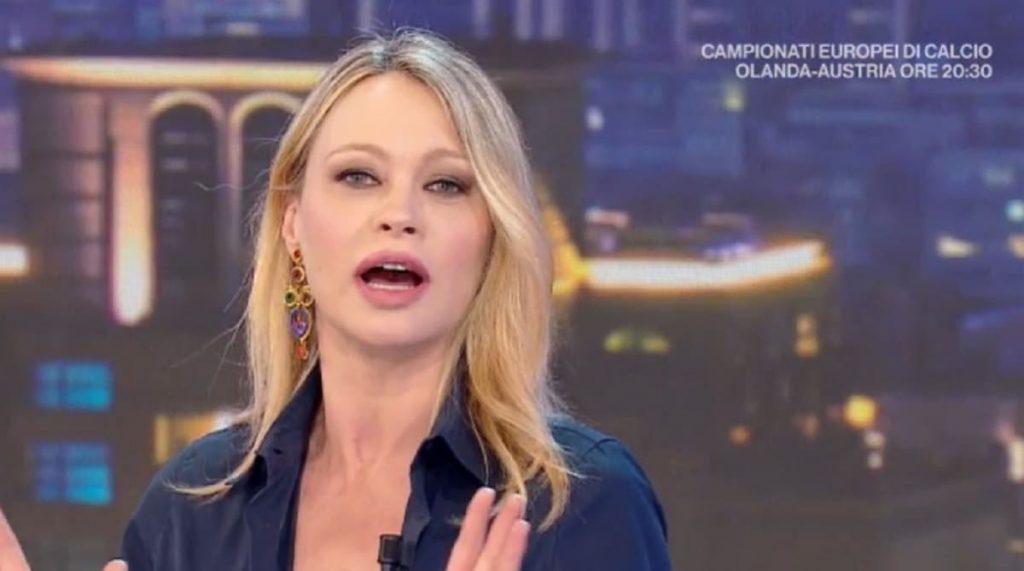 """la-vita-in-diretta,-anna-falchi-battuta-al-veleno-su-luca-barbareschi-""""secondo-me-non-ha-piu-soldi"""""""