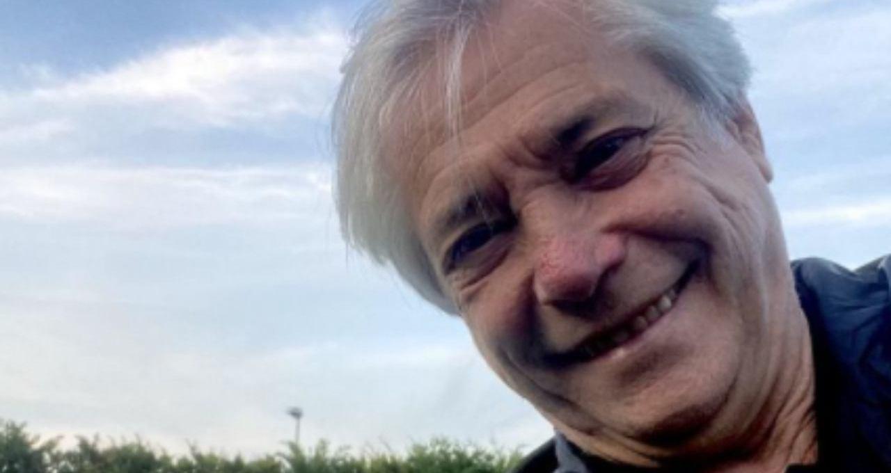 avete-mai-visto-la-casa-di-nino-d'angelo?-dove-vive-il-cantautore-a-64-anni
