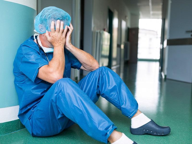 dall'analisi-di-un-quotidiano-emerge-una-sanita-impoverita,-saccheggiata-e-abbandonata:-giuliano-(ugl):-«subito-terapia-d'urto-per-rilancio».