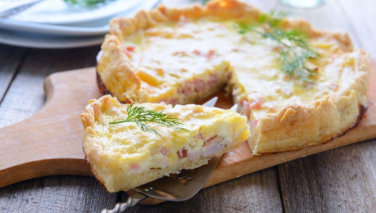 un-classico-del-pranzo-al-sacco:-la-torta-salata-prosciutto-e-formaggio