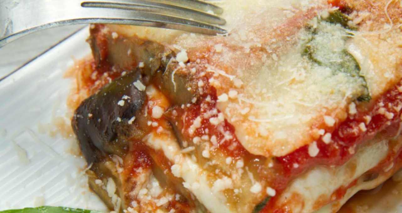 parmigiana-di-melanzane-al-basilico-|-finger-food-sfizioso-e-profumato