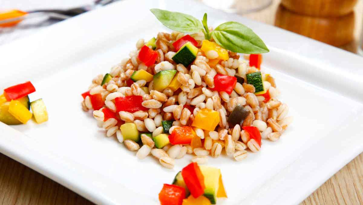 come-cucinare-il-farro:-guida,-trucchi-e-segreti-per-portare-in-tavola-questo-cereale-antico