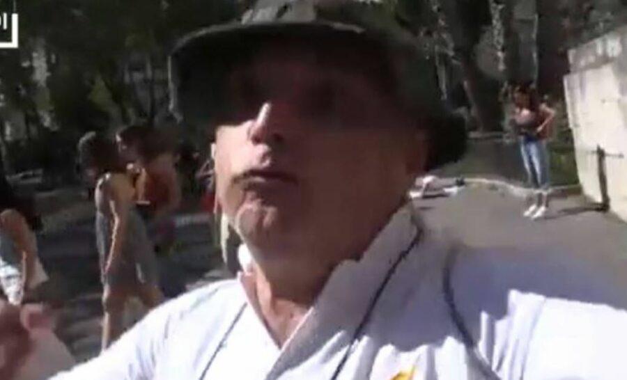 giornalista-di-repubblica-minacciato-di-morte-e-pestato-da-un-manifestante-contro-il-green-pass