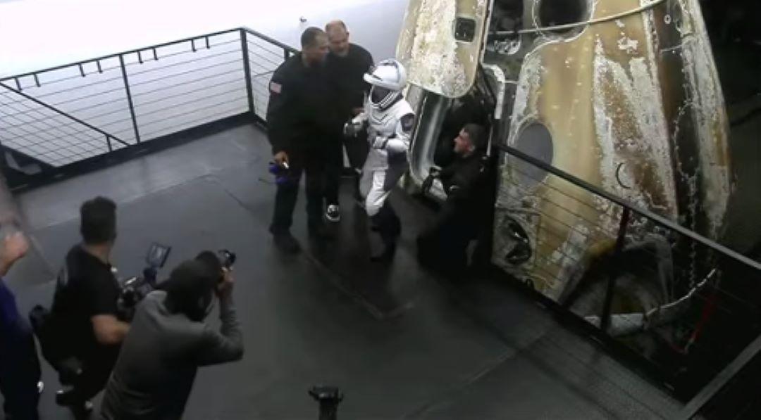 come-e-andata-la-prima-missione-spaziale-di-astronauti-non-professionisti