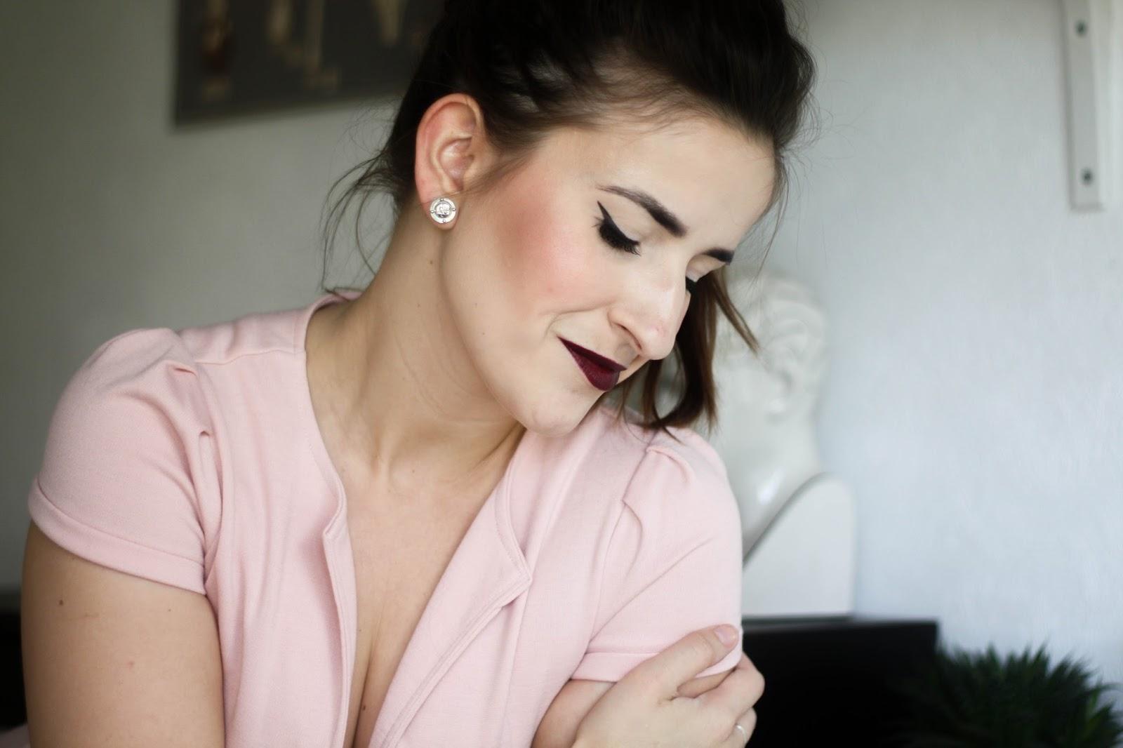 Black Cherry make-up look