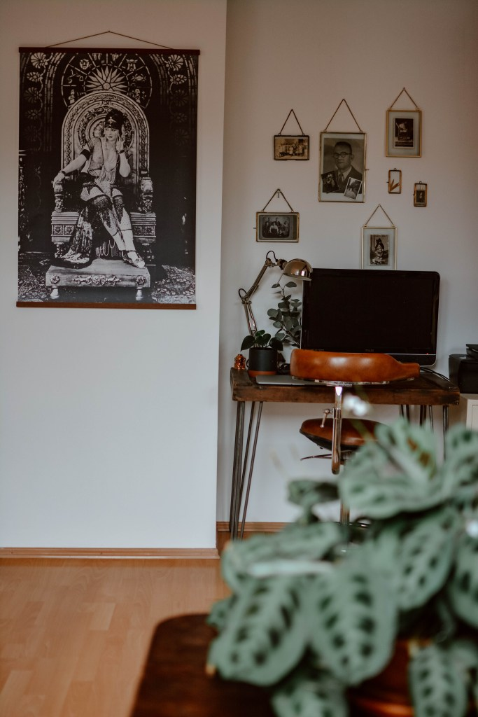 5 types of posters that add unique character to your home
