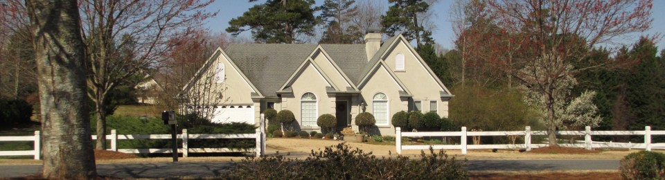 Home In Flowery Branch Georgia