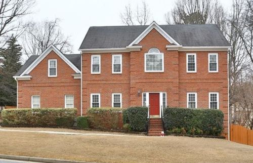 North Fulton Alpharetta Johns Creek Home In The Forest