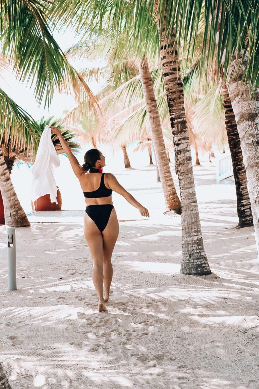 High Waisted Bikini in Belize