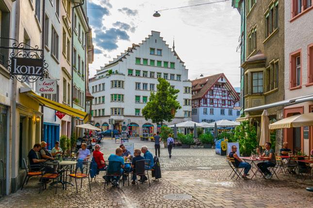 high-walkability-street
