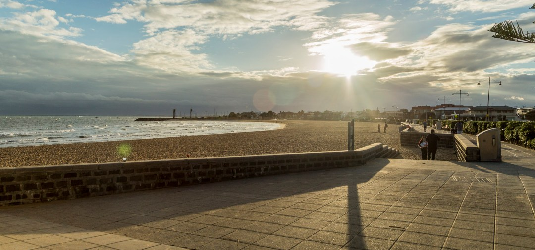 Williamstown accommodation, holiday rental, pet friendly accommodation, visit the NGV from Williamstown