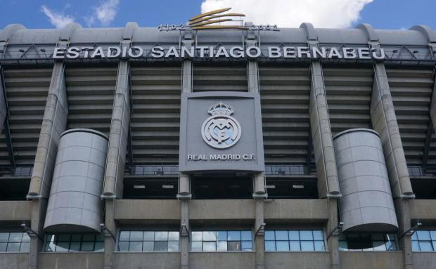 Foto del estadio Santiago Bernabéu del equipo de fútbol del Real Madrid en la ciudad de Madrid