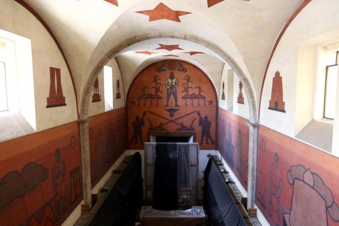Restauración murales de la Biblioteca Iberoamericana Octavio Paz