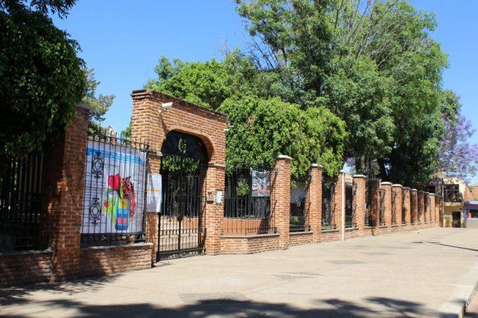 Escuela Primaria del Viejo Panteón de Arandas
