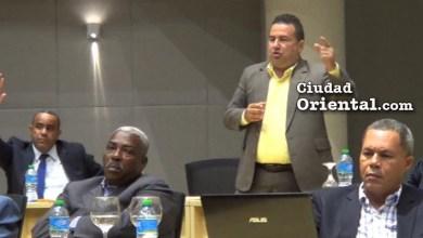 Photo of Regidor Daneris Santana pone el dedo sobre la llaga