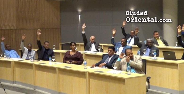Regidores deciden sobre el estado de emergencia del municipio Santo Domingo Este