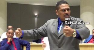 Regidor Luis Flores -PLD