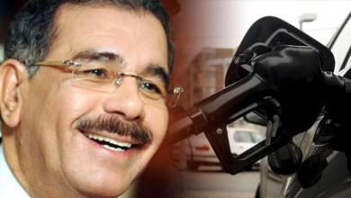 Photo of Danilo Medina descarga sobre RD consecuencias de tragarse el tiburón podrido